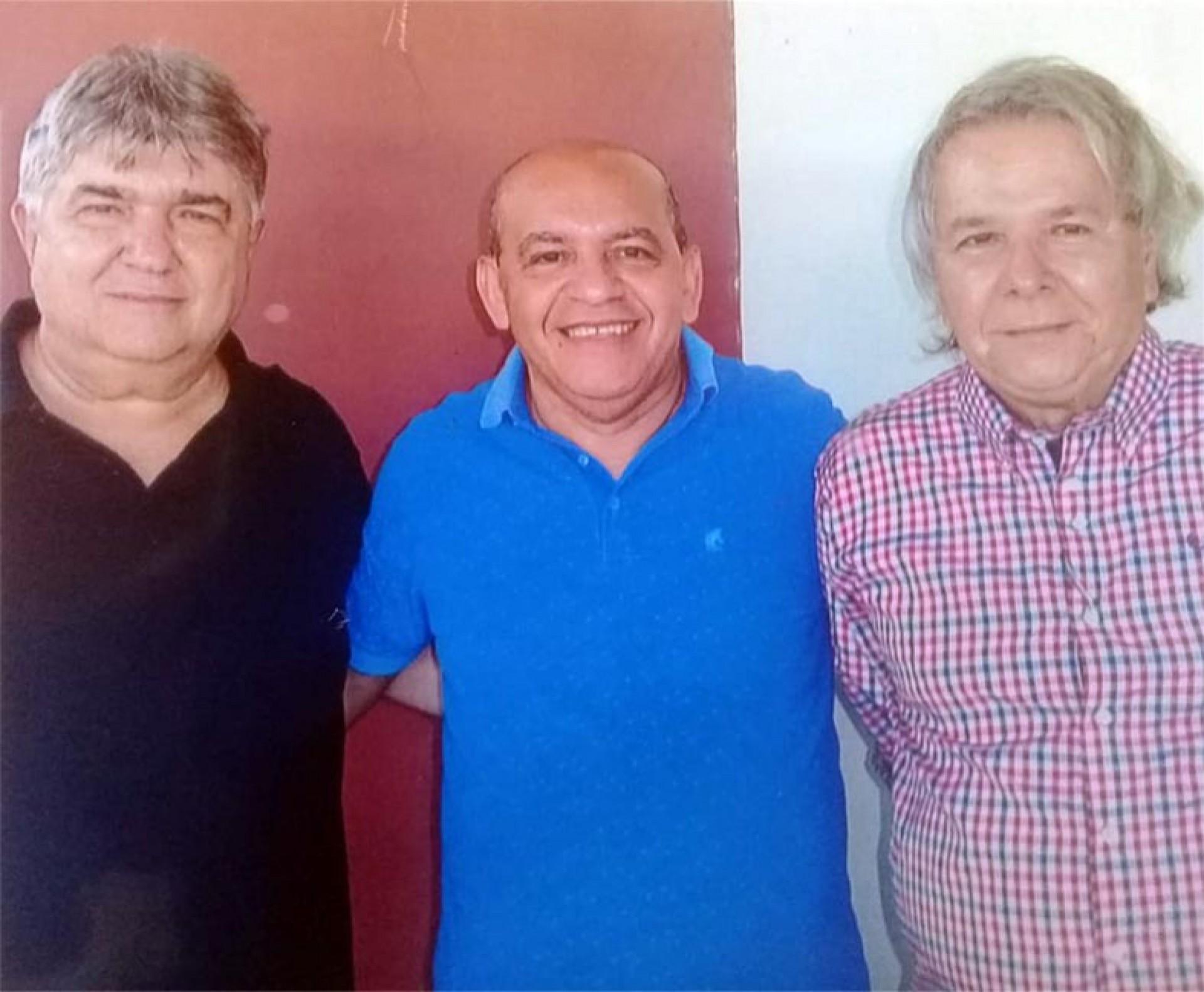 CARLOS Benevides, César Pereira, Nildo Sobral, msa altamente papeável no Peru de Independência (Foto: 140921Lucio)