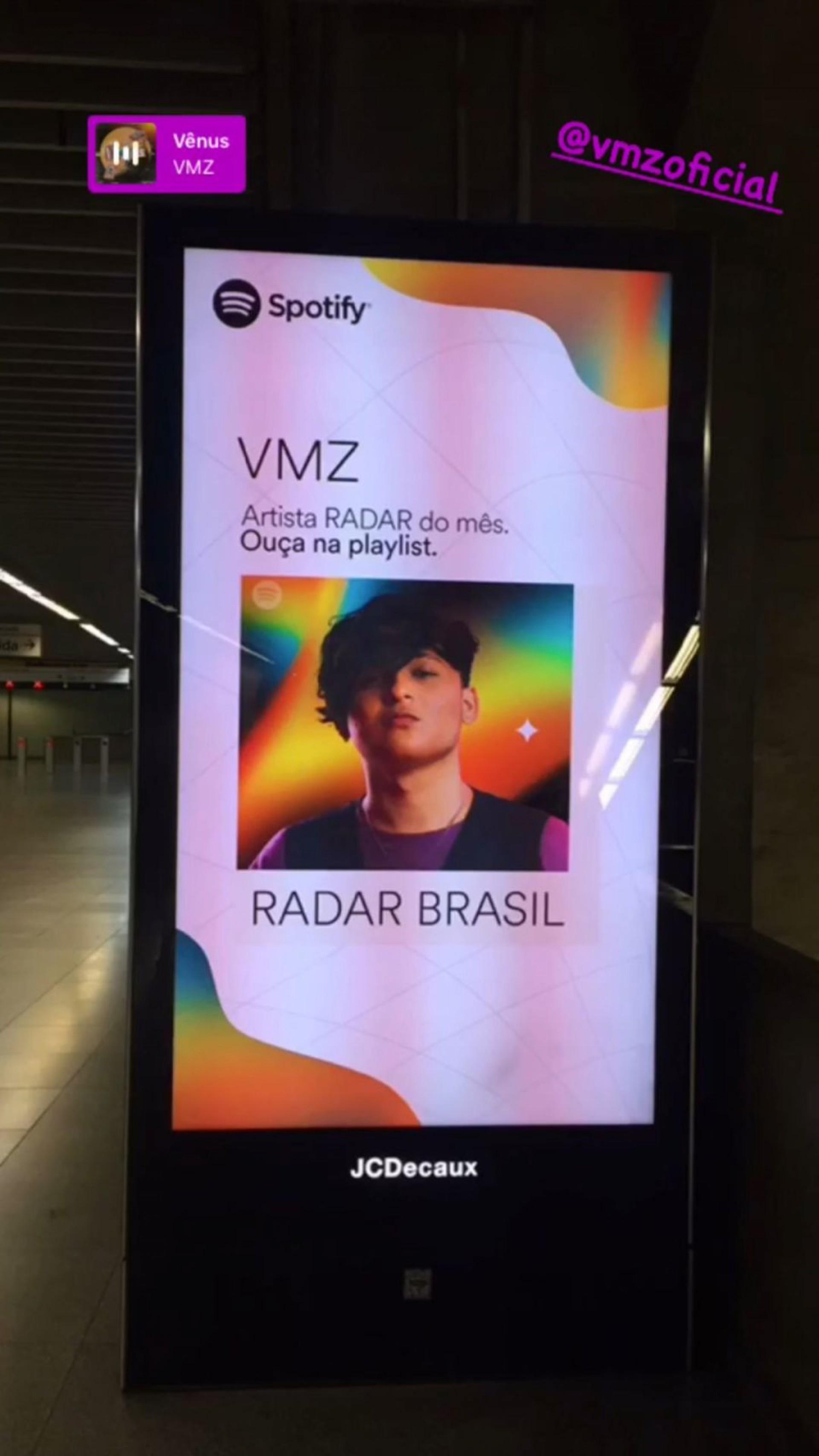 O rosto do cearense foi estampado em telas de divulgação em metrôs de São Paulo, durante esta segunda-feira, 13