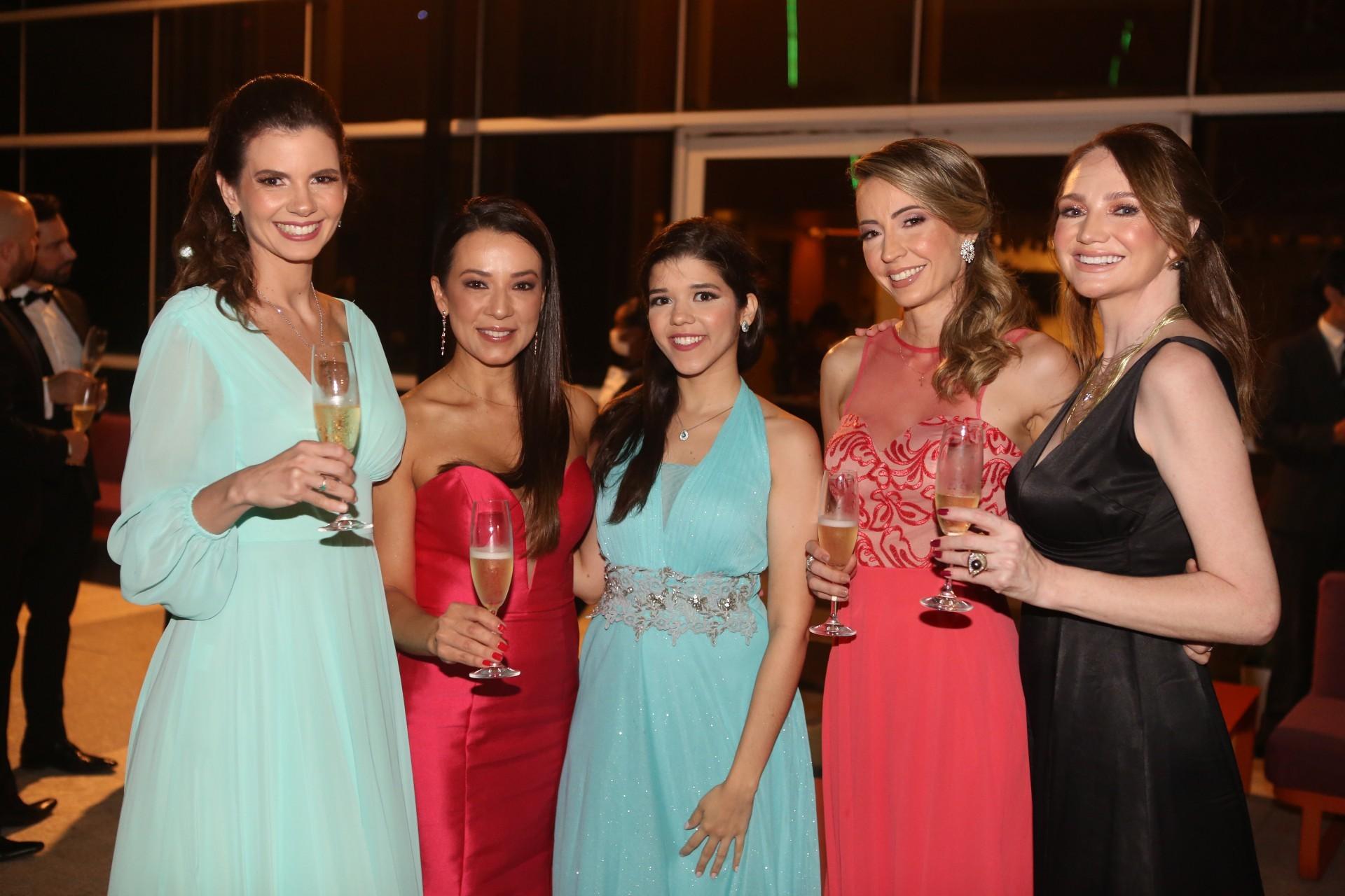 (Foto: JOÃO FILHO TAVARES)Ana Carolina Studart, Andressa Ballarin, Jordana Guimaraes, Tayanna Graga e Margarita Ubaldo
