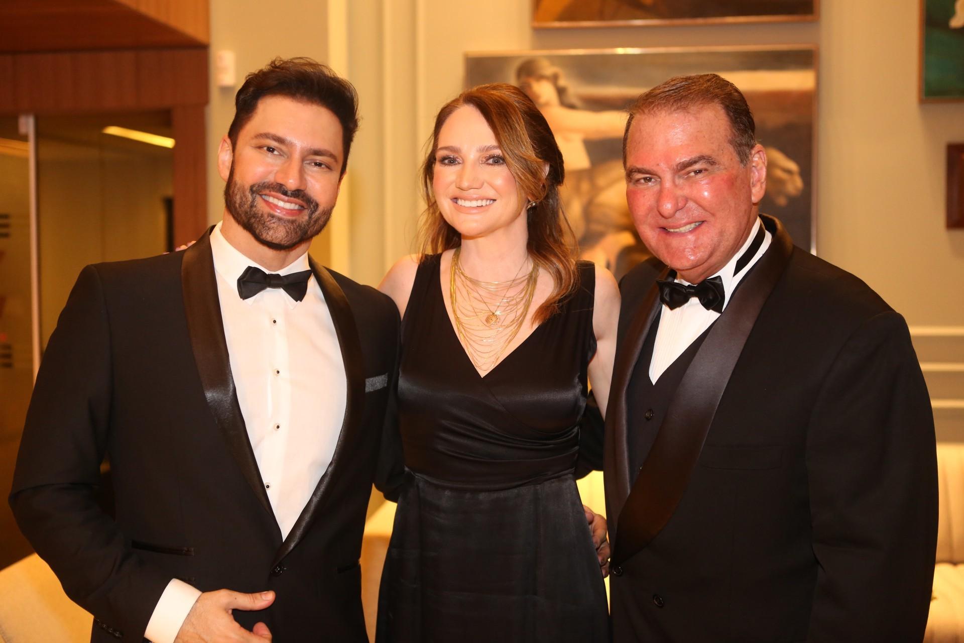 (Foto: JOÃO FILHO TAVARES)Omar Giha, Margarita Ubaldo e Jório da Escóssia