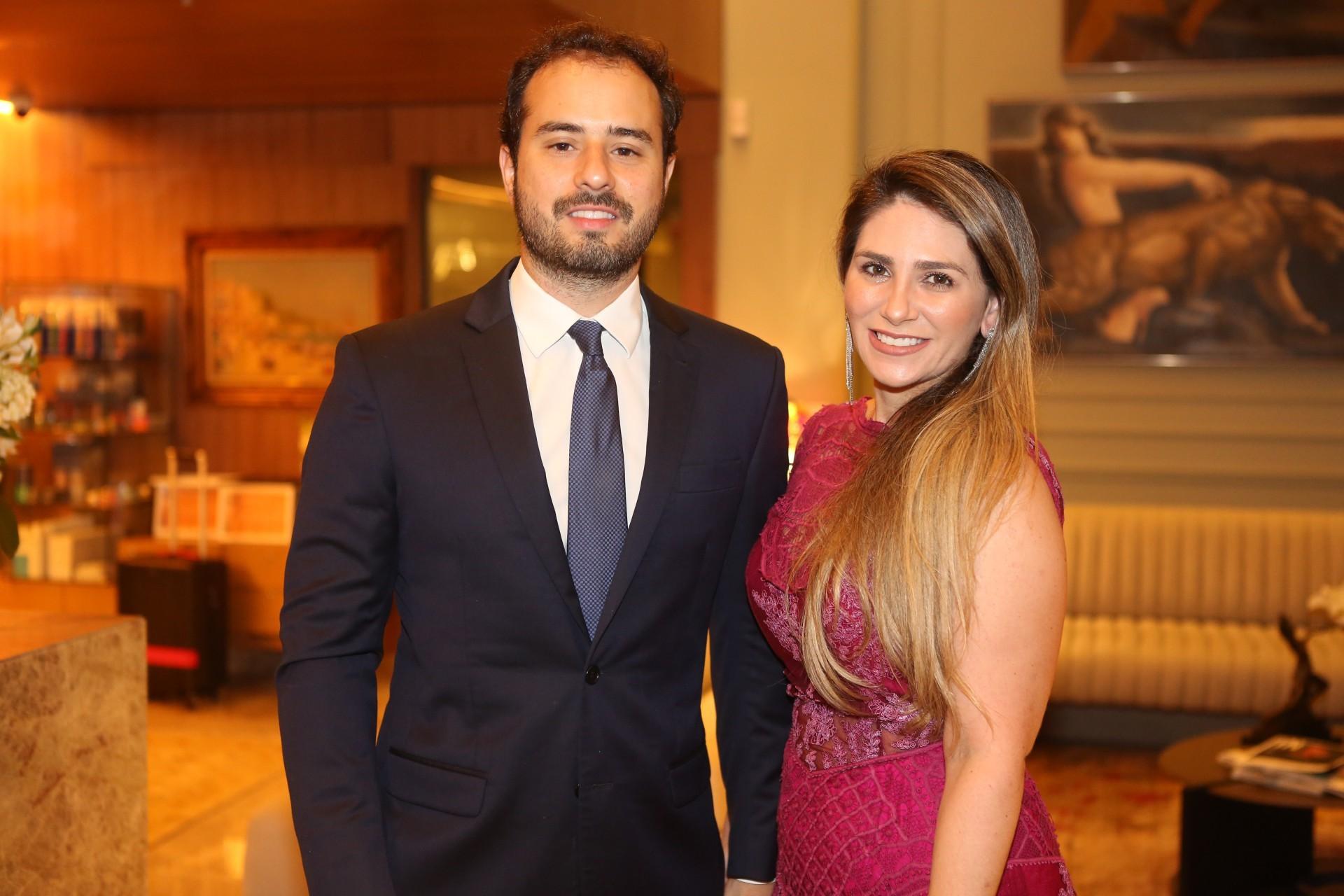 (Foto: JOÃO FILHO TAVARES)Oswaldo Duarte e Nathalia da Escóssia