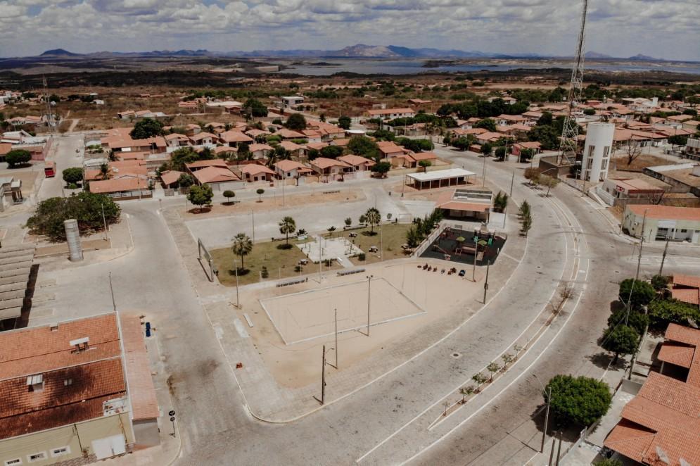 Praças e vias da cidade nova de Jaguaribara(Foto: JÚLIO CAESAR)