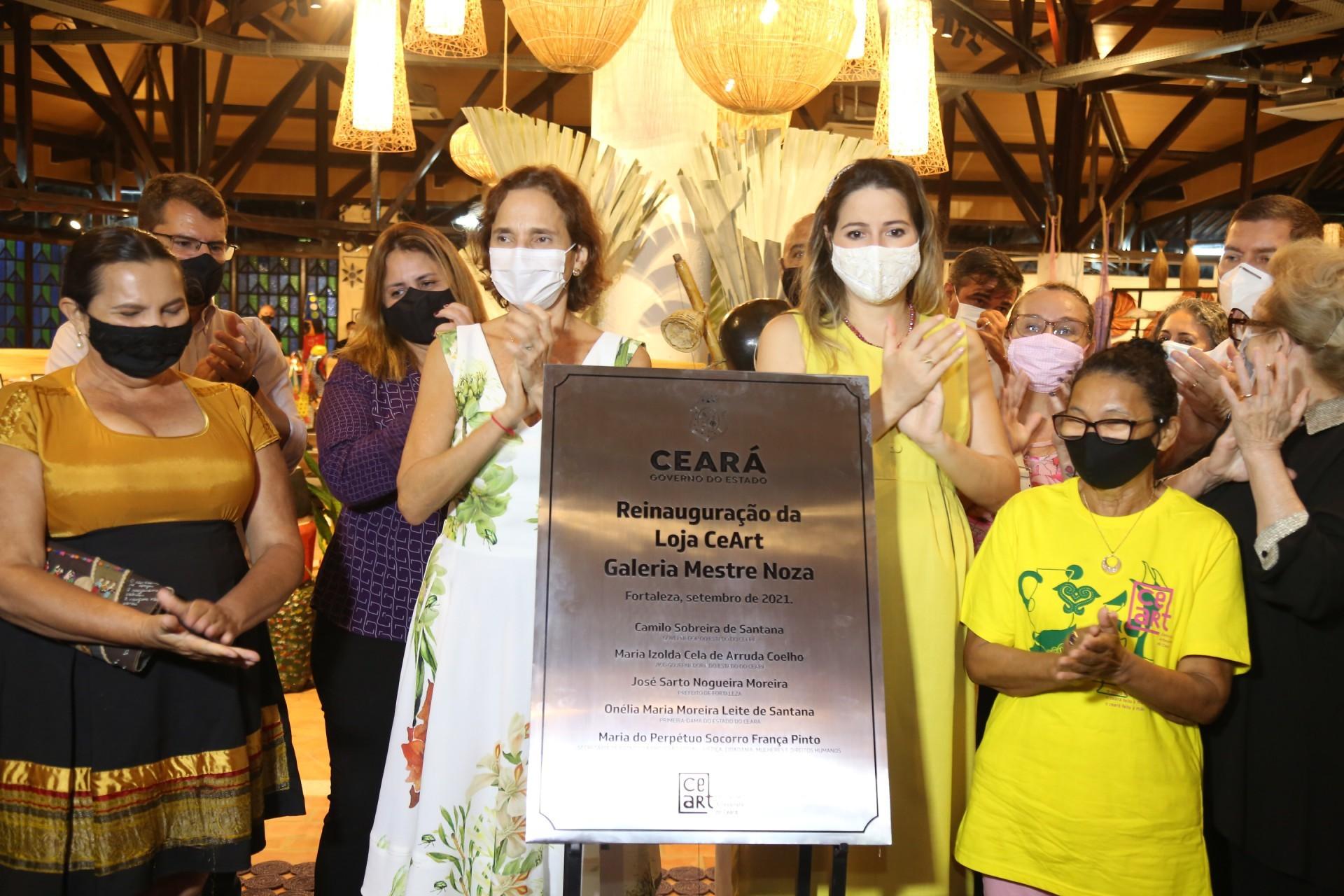 (Foto: JOÃO FILHO TAVARES)Descerramento da placa marcando a reinauguração do equipamento