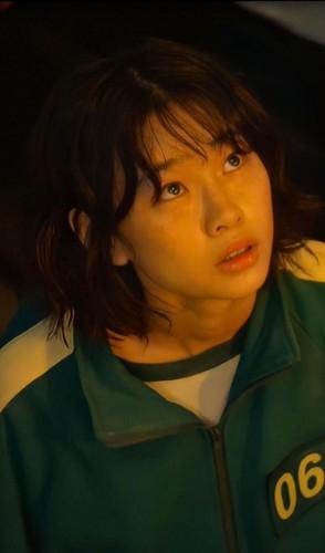 Desta forma, ela se tornou a atriz coreana mais seguida no Instagram.