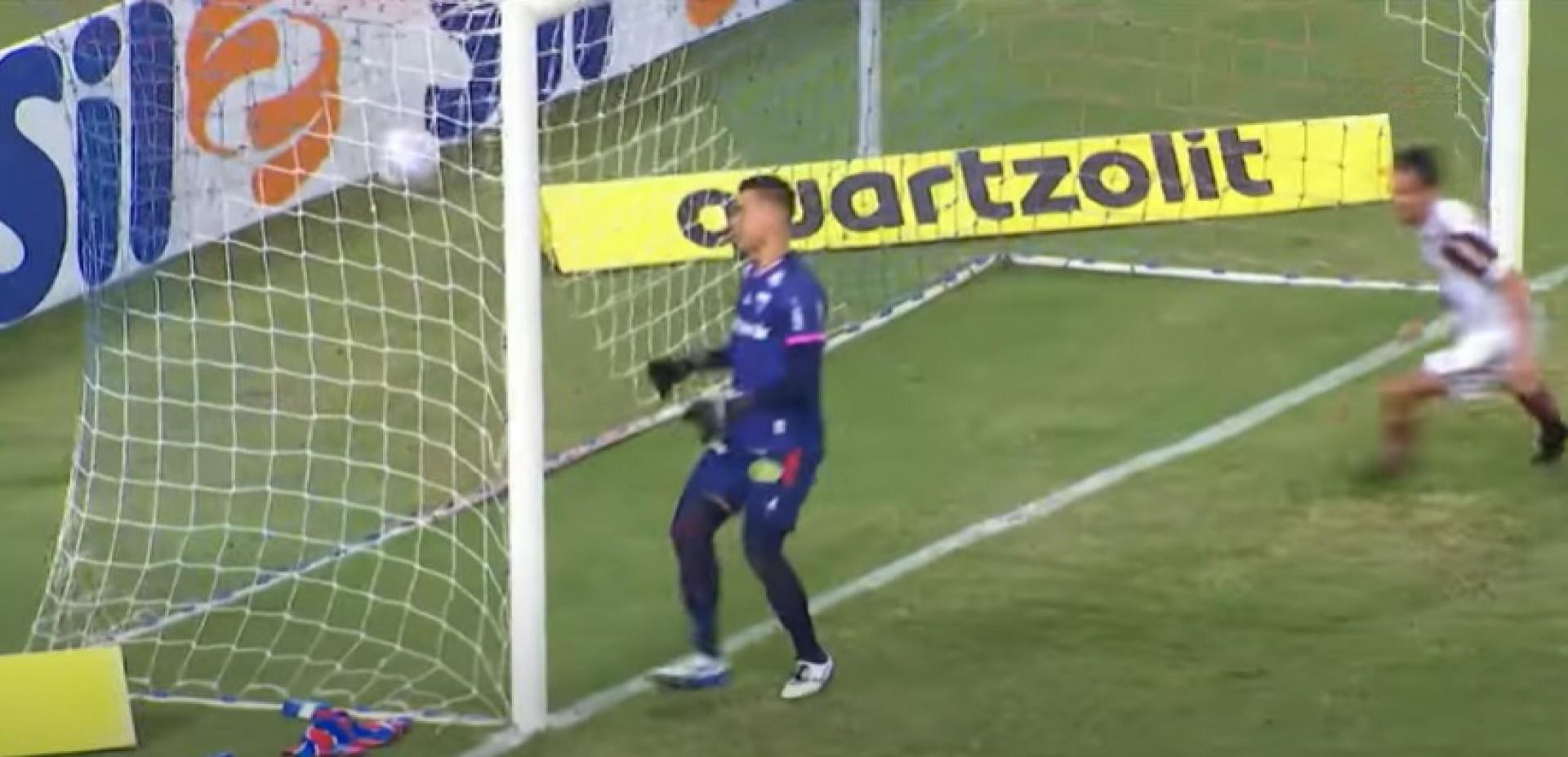 Na última partida no Castelão, o Fortaleza foi goleado pelo Flamengo, por 3 a 0 (Foto: REPRODUÇÃO)