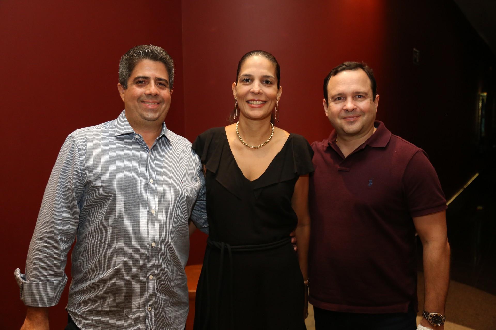 (Foto: JOÃO FILHO TAVARES)Alexandre Leitão e Letícia com Igor Queiroz Barroso