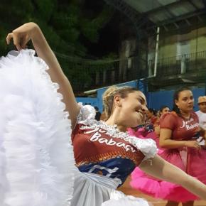Emanuelle dança em quadrilhas juninas desde 2014