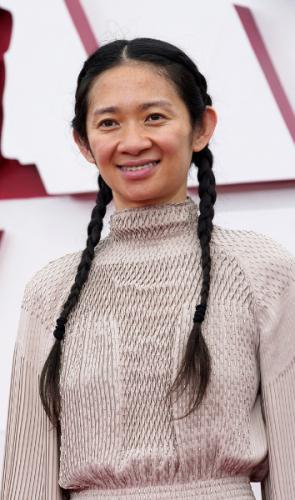 Quem é Chloé Zhao?