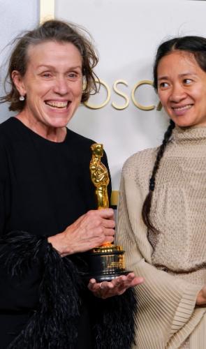 À revista The Rolling Stone, a atriz Frances McDormand (Nomadland) definiu Zhao como uma